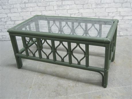 GREEN PAINTED RATTAN SUNROOM FURNITURE COFFEE TABLE