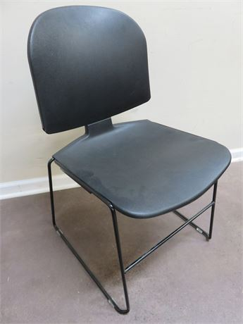 STEELCASE Max-Stacker Chair