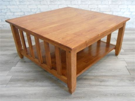 MISSION/CRAFTSMAN STYLE COFFEE TABLE