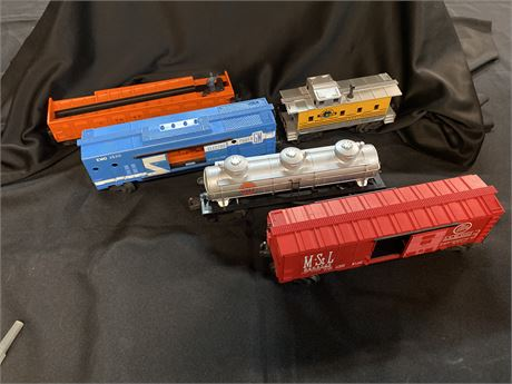 Lionel O-Gauge Train Lot In Original Boxes