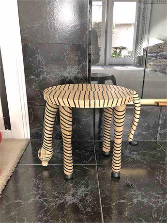 Decorative Giraffe Stand