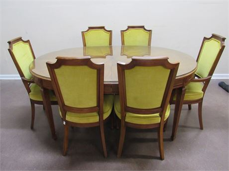 DINING TABLE WITH 6 CHAIRS AND 3 LEAVES