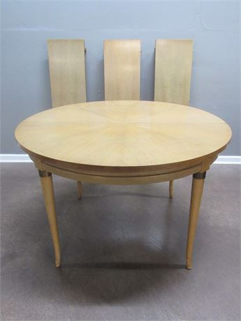 Henredon Mid Century Dining Table with 3 Leaves and Table Pads