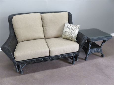 Synthetic Wicker Loveseat Glider & End Table