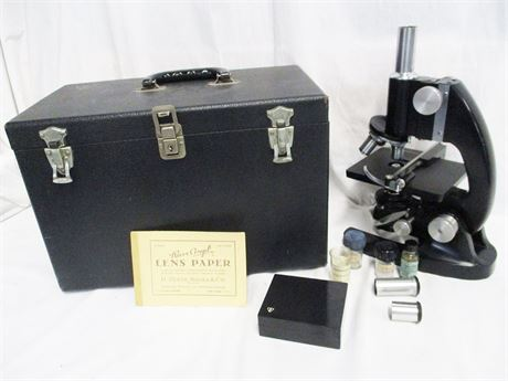 VINTAGE BAUSCH & LOMB MICROSCOPE WITH ACCESSORIES AND CASE