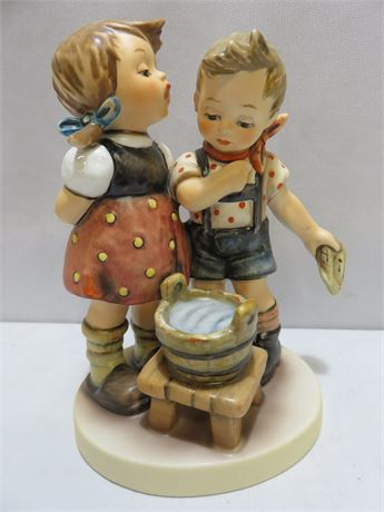 "M.I. HUMMEL ""Bath Time"" Figurine #412"