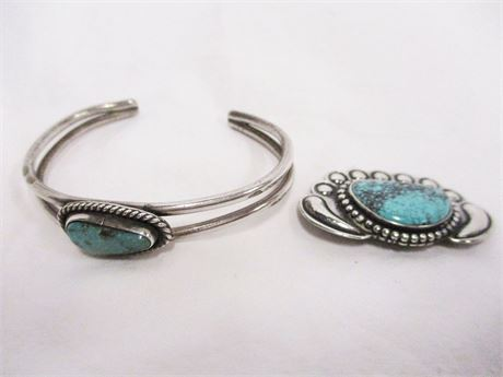 LOT OF VINTAGE ARTISANAL STERLING SILVER AND TURQUOISE JEWELRY