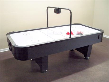 VERY NICE HEAVY DUTY AIR HOCKEY TABLE