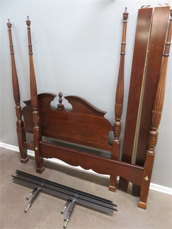 KINCAID Cherry Queen Poster Bed