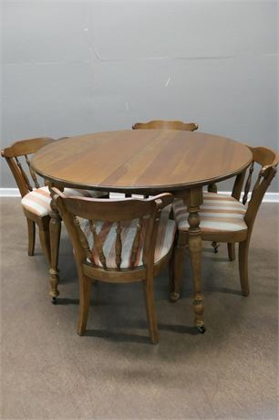 Round Table with leaf, support leg and 6 chairs (2 Captains)