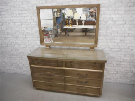 VINTAGE PERMANIZED MENGEL DRESSER WITH MIRROR AND PROTECTIVE GLASS TOP