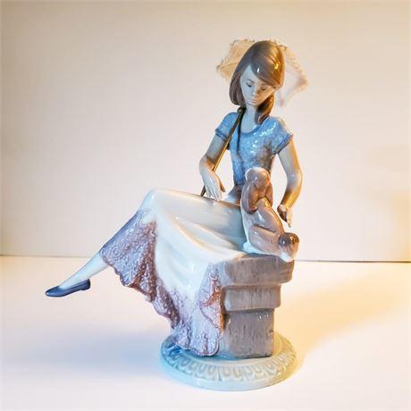 """Lladro Figurine """"Picture Perfect"""" #7612"""