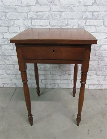 Antique 1-Drawer Hand Dovetailed Side Table