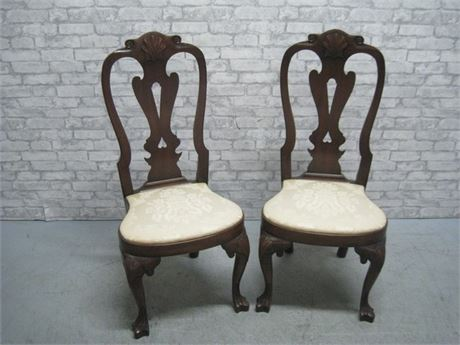 2 KITTINGER COLONIAL WILLIAMSBURG DINING CHAIRS
