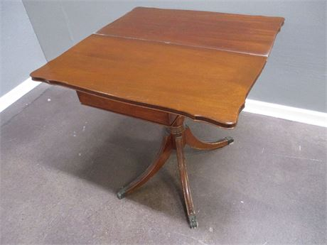 VINTAGE GAME TABLE