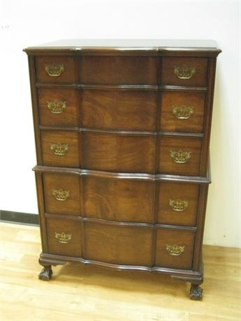 VINTAGE SERPENTINE FRONT CHEST OF DRAWERS WITH BALL AND CLAW FEET