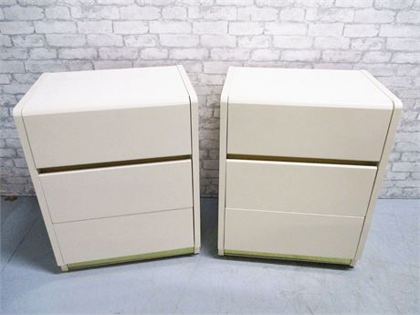 LOT OF 2 LANE IVORY LACQUER 3-DRAWER NIGHTSTANDS