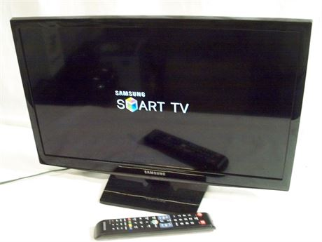 """SAMSUNG 24"""" SMART TV WITH REMOTE"""