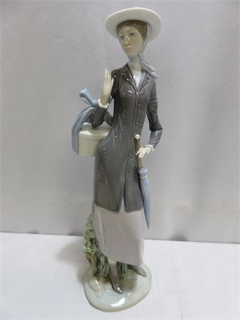 "LLADRO ""A New Hat"" Figurine"