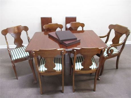 QUEEN ANNE DINING TABLE, CHAIRS, LEAVES, AND PADS