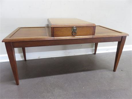 Vintage Mid-Century 2-Tier Table