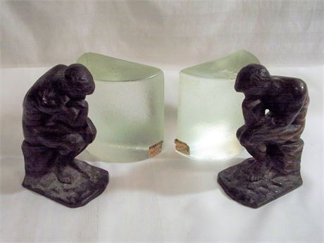 2 SETS OF VINTAGE BOOKENDS - PILGRIM GLASS AND RODIN'S THE THINKER