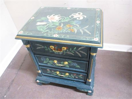 BEAUTIFUL DECORATED SIDE TABLE WITH GLASS TOP