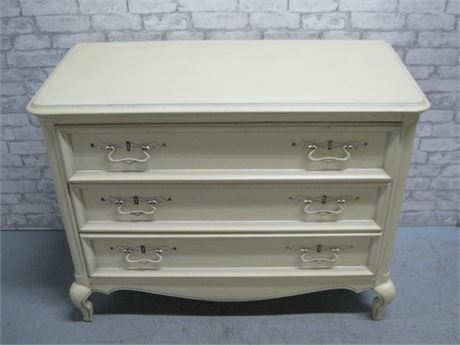 SMALL PAINTED 3 DRAWER CHEST