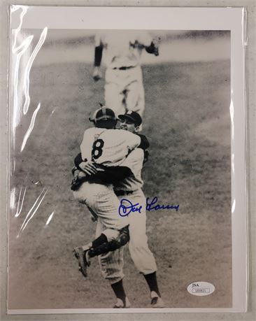 DON LARSEN NEW YORK YANKEES AUTGRAPHED AND CERTIFIED 8x10 PHOTOGRAPH