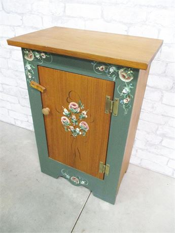 SMALL CHARMING PAINTED CABINET