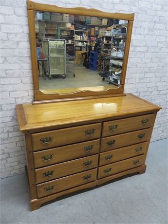 DIXIE Maple Dresser & Mirror