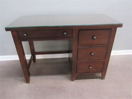 Small 3 Drawer Desk with Pull-out Keyboard Tray