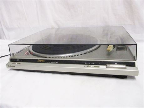 TECHNICS QUARTZ DIRECT DRIVE TURNTABLE MODEL SL-QD2