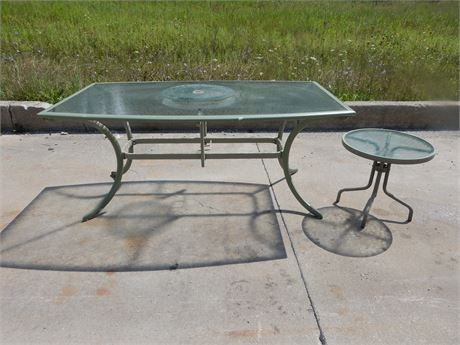 Patio/Sunroom Green Metal and Glass Top Table with matching Side Table
