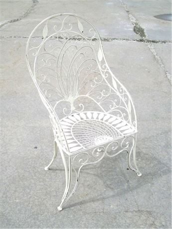 VINTAGE PEACOCK STYLE WROUGHT IRON/METAL PATIO CHAIR