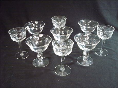 9 PIECE MISC. GLASS INCLUDING 5 LEAD CRYSTAL STEMWARE LOT