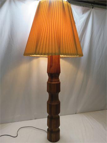 Tall Wooden Pillar Lamp