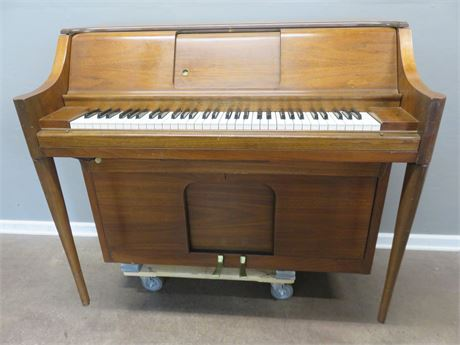 PIANOLA Player Piano