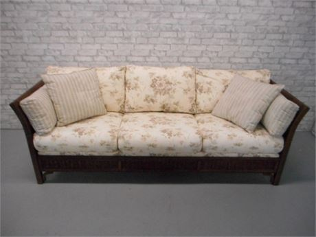 LEXINGTON CASUAL WICKER SOFA WITH BOLSTERS AND PILLOWS