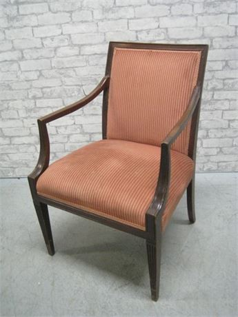 VINTAGE UPHOLSTERED SIDE CHAIR WITH WOOD ARMS