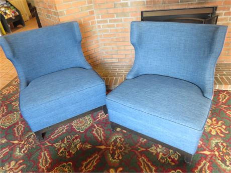 Oversize Club Chairs
