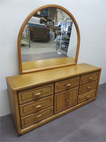 VAUGHAN OF VIRGINIA Triple Dresser & Mirror