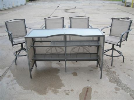 GARDEN TREASURES METAL AND MESH FABRIC GLASS TOP PATIO BAR AND 4 SWIVEL CHAIRS