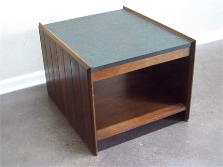 VINTAGE LANE LAMINATE TOP SIDE/END TABLE