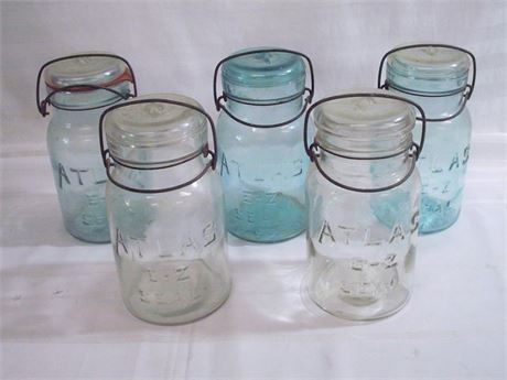 5 VINTAGE ATLAS E-Z SEAL CANNING JARS WITH GLASS LIDS
