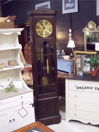BEAUTIFUL GRANDFATHER CLOCK WITH BEVELED GLASS