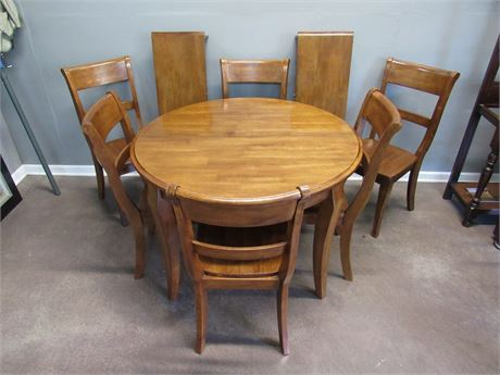 Contemporary/Modern Dining Table with 6 Chairs and 2 Leaves