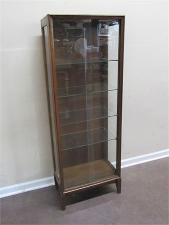 CURIO/DISPLAY CASE WITH SLIDING GLASS DOORS