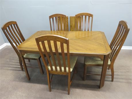 GARRISON Dining Table Set