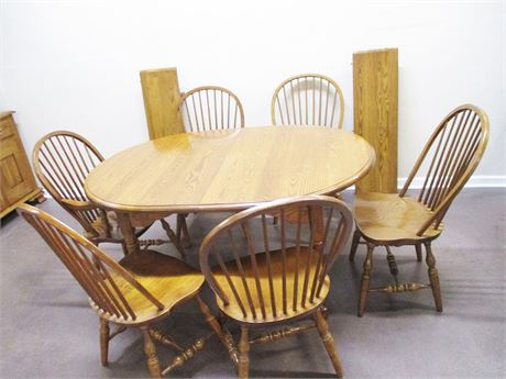 TABLE AND 6 CHAIRS, WITH 2 LEAVES